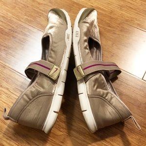 Nike tan bronze Mary Jane walking shoes sneakers